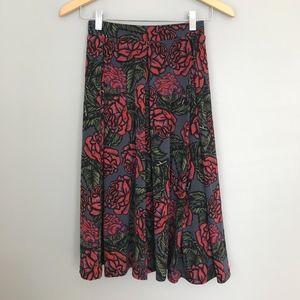 LulaRoe Madison Skirt roses pockets Large